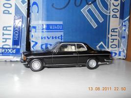 Прикрепленное изображение: Colobox_Mercedes-Benz_280CE_C123_Minichamps~03.jpg