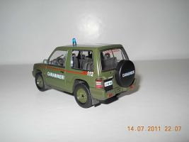 Прикрепленное изображение: Colobox_Mitsubishi_Pajero_Carabinieri_militari~02.jpg