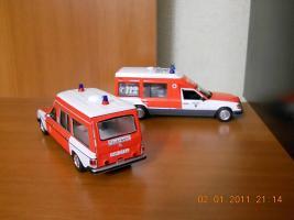 Прикрепленное изображение: Colobox_Mercedes-Benz_F123_Binz_Krankenwagen_Norev~02.jpg