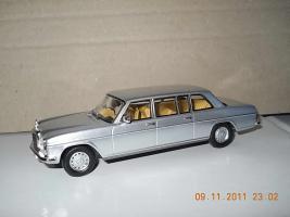 Прикрепленное изображение: Colobox_Mercedes-Benz_V115_Ixo~04.jpg