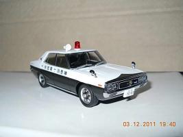 Прикрепленное изображение: Colobox_Nissan_Skyline_2000GT_C110_Police_DISM~01.jpg