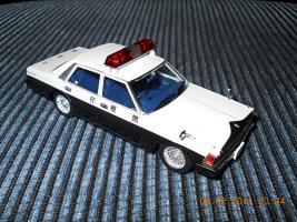 Прикрепленное изображение: Colobox_Nissan_Cedric_430_Police_DISM~01.jpg