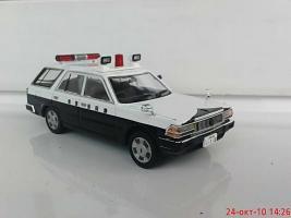 Прикрепленное изображение: Colobox_Nissan_Cedric_Y30_Wagon_Police_DISM~01.jpg