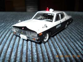 Прикрепленное изображение: Colobox_Nissan_Cedric_330_Police_DISM~02.jpg
