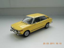 Прикрепленное изображение: Colobox_BMW_2002_touring_E6_Minichamps-AutoBild~01.jpg