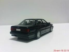 Прикрепленное изображение: Colobox_Audi_A8_Minichamps_1000~03.jpg