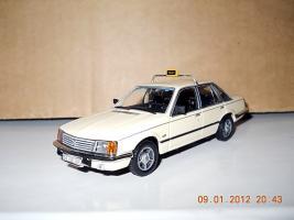 Прикрепленное изображение: Colobox_Opel_Senator_A_Minichamps~01.jpg
