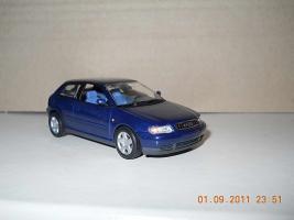 Прикрепленное изображение: Colobox_Audi_A3_Minichamps~01.jpg