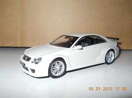 Прикрепленное изображение: Colobox_Mercedes-Benz_CLK_DTM_AMG_Kyosho~01.jpg