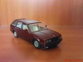 Прикрепленное изображение: Colobox_BMW_525i_Touring_E34_Gama~01.jpg