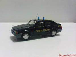 Прикрепленное изображение: Colobox_Alfa-Romeo_75_Guardia_di_Finanza_Fordine~01.jpg