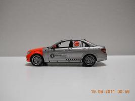 Прикрепленное изображение: Colobox_Mercedes-Benz_W204_100_Jahre_Bela_Barenyi_Schuco~04.jpg