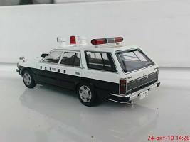 Прикрепленное изображение: Colobox_Nissan_Cedric_Y30_Wagon_Police_DISM~02.jpg