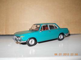 Прикрепленное изображение: Colobox_BMW_1800_TiSA_Minichamps-MCW~01.jpg