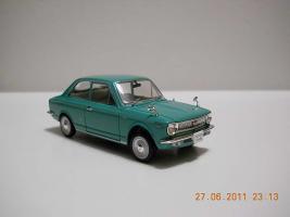 Прикрепленное изображение: Colobox_Toyota_Corolla_E10_Norev~01.jpg