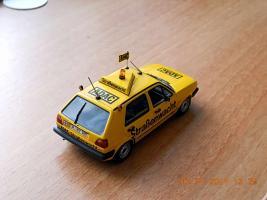 Прикрепленное изображение: Colobox_VW_Golf_A2_ADAC_Minichamps~02.jpg