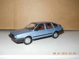 Прикрепленное изображение: Colobox_Volkswagen_Passat_B2_WhiteBox~01.jpg