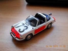 Прикрепленное изображение: Colobox_Porsche_911_Politie_Minichamps~01.jpg