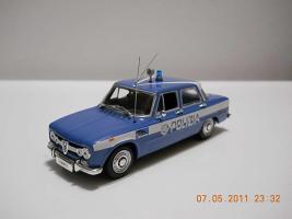 Прикрепленное изображение: Colobox_Alfa-Romeo_Guilia_Polizia_Minichamps~01.jpg