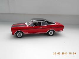 Прикрепленное изображение: Colobox_Opel_Commodore_A_Coupe_GSE_Altaya~03.jpg