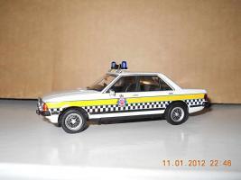 Прикрепленное изображение: Colobox_Ford_Granada_MK2_Police_Vanguards~02.jpg