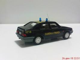 Прикрепленное изображение: Colobox_Alfa-Romeo_75_Guardia_di_Finanza_Fordine~02.jpg