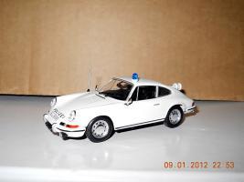 Прикрепленное изображение: Colobox_Porsche_911S_901_Polizei_Norev~01.jpg
