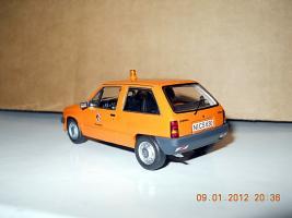 Прикрепленное изображение: Colobox_Opel_Corsa_A_Schuco~03.jpg