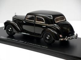 Прикрепленное изображение: tass_mercedes_benz_220S_limousine_w187_spark_2.JPG