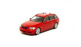 Прикрепленное изображение: BMW 325i E91.JPG