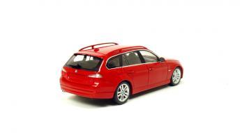 Прикрепленное изображение: BMW 325i E91 (3).JPG