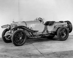Прикрепленное изображение: 1921 Mercedes Factory Photo.jpg