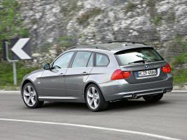 Прикрепленное изображение: 2005-BMW-3-Series-Touring-2.jpg