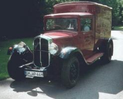 Прикрепленное изображение: Renault 11CV (1932).jpg