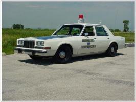 Прикрепленное изображение: Dodge Diplomat, Pennsylvania State Police.JPG