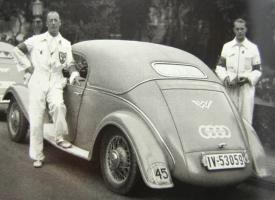 Прикрепленное изображение: 2000-km Deutschlandfahrt 1933 W22 Sportcoupe.jpg