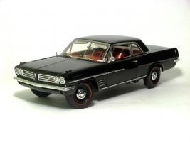 Прикрепленное изображение: 1963 Pontiac Tempest-1.JPG