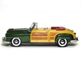 Прикрепленное изображение: 1948 Chrysler Town & Country-2.JPG