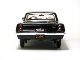 Прикрепленное изображение: 1963 Pontiac Tempest-5.JPG