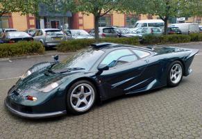 Прикрепленное изображение: 1997-mclaren-f1-gt-longtail-street-car-56xpgt-prototype.jpg
