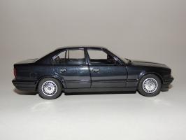 Прикрепленное изображение: BMW 535i 3.JPG
