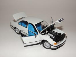 Прикрепленное изображение: BMW 740i 6.JPG