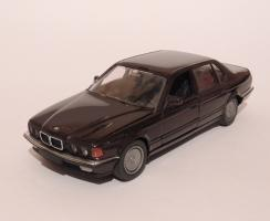 Прикрепленное изображение: BMW 750IL 1.JPG