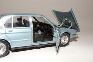 Прикрепленное изображение: BMW 525 10.JPG