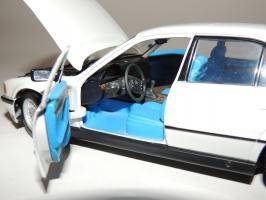 Прикрепленное изображение: BMW 740i 9.JPG