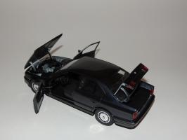 Прикрепленное изображение: BMW 535i 6.JPG