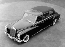 Прикрепленное изображение: mercedes-benz-300d-limousine.jpg