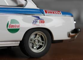 Прикрепленное изображение: BMW 2002 Tap Rally-koleso szadi blizko.jpg