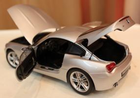Прикрепленное изображение: Z4M Coupe (E85) vse otkrito.jpg