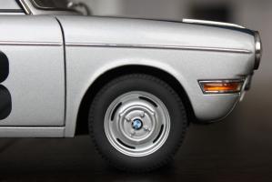 Прикрепленное изображение: BMW 700 Rennsport #38  -  koleso blizko.jpg